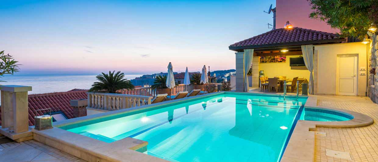 Makarska Croatia - Holiday villas with Pool