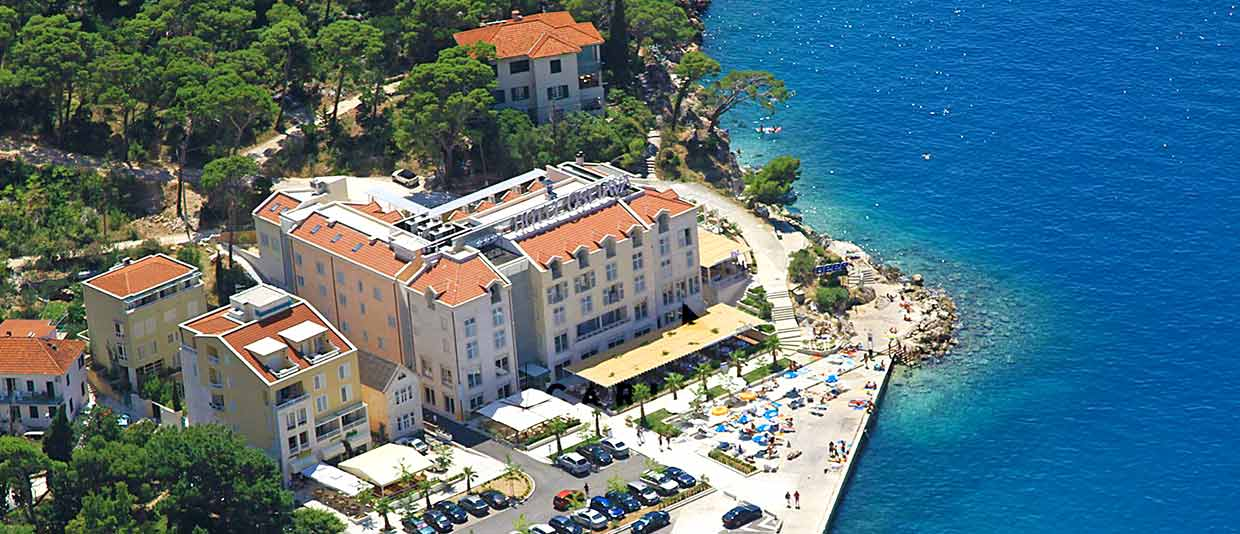 Hotel with Pool in Makarska riviera - Croatia
