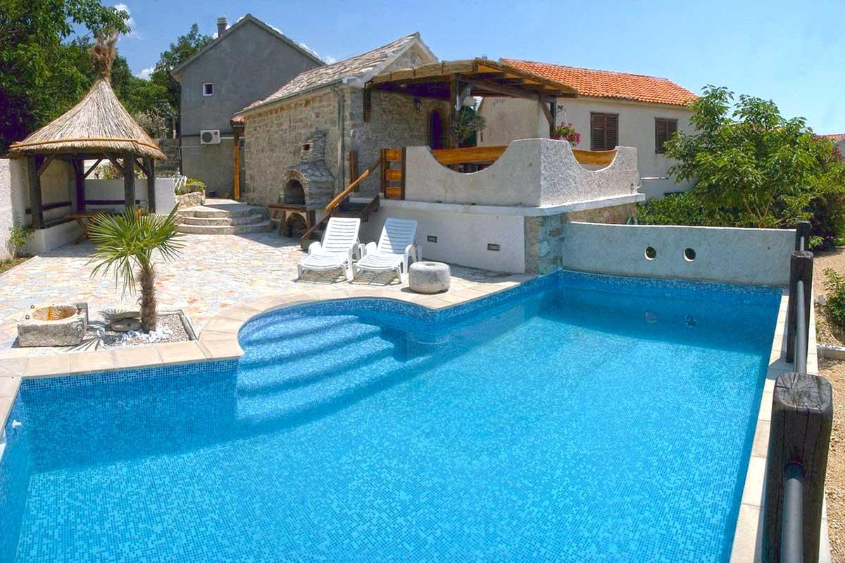 Villa Brela With Pool For Rent Villa Kristi