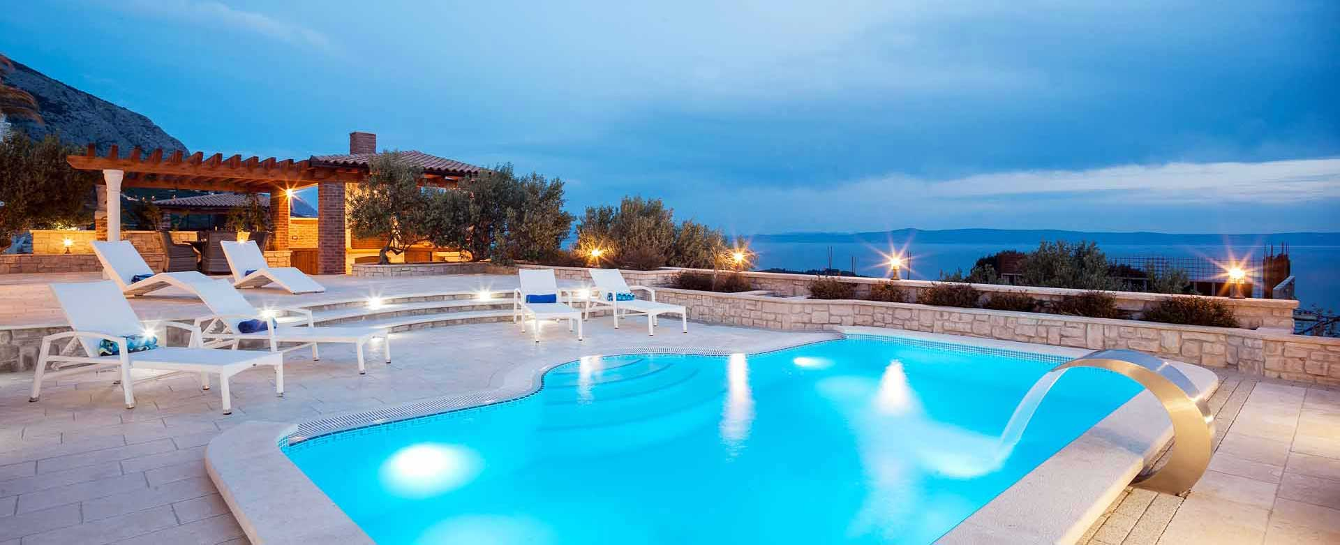 ferienhaus makarska mit pool. Black Bedroom Furniture Sets. Home Design Ideas