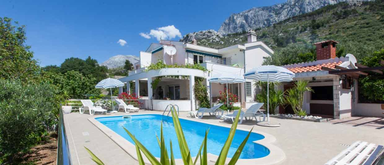 Makarska Croatia Villas with Pool for rent