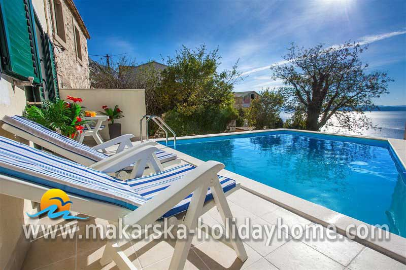 Holiday House with pool Tucep - Villa Grubei